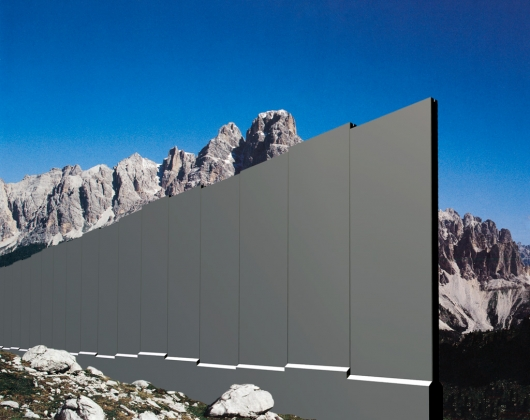 Intacta_wall