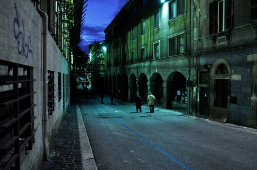 laquila_centro_night_mercur